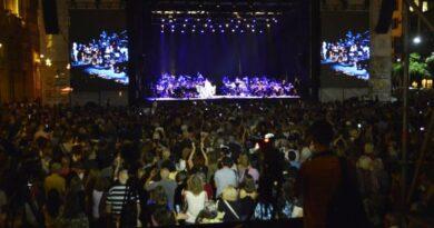 Vuelven los recitales al aire libre en la Ciudad de Buenos Aires: cuál será la capacidad autorizada, a partir de cuándo y en qué horarios